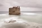 TORREÓN DE SAN PEDRO MÁRTIR, TAMBIÉN LLAMADO CASTILLO DE SAN CRISTÓBAL. BARRIO DE SAN CRISTÓBAL. LAS PALMAS. GRAN CANARIA.Construido en 1578 dentro del plan integral de fortificación emprendido por Felipe II. Reconstruido en 1638 tras los ataques de Francis Drake y Pieter van der Does. En 1878 se ordena su desartillado.